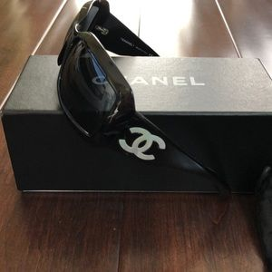 Auth Chanel mother of pearl sunglasses